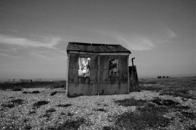 dungeness-hut-photo